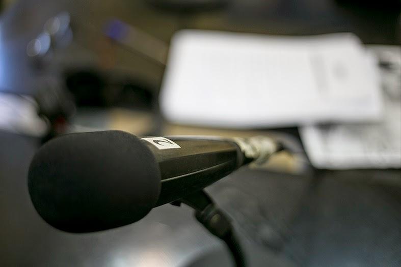 Microfono por el que hablaron los fotógrafos de boda de Plasmalia.