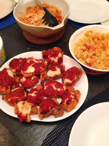 Chicken Parmesan recipe, valentines day homemade meal, valentines day dinner, chicken parm, chicken parmesan recipe, light chicken parmesan recipe, recipe,