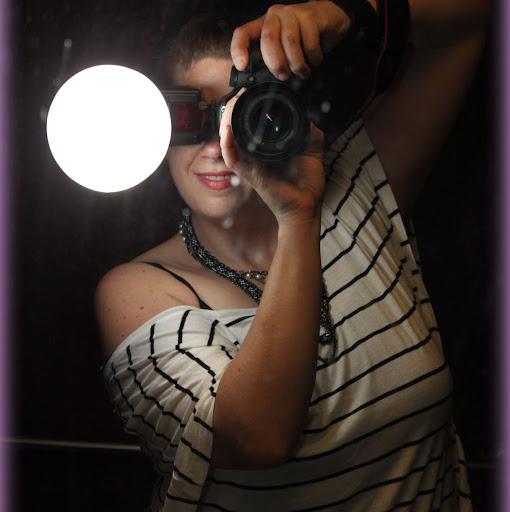 Kelly Lapointe Photo 13