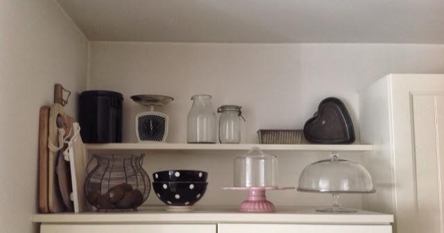 """Keuken Deur Folie : Het witte huis met de zwarte deur: """"Nieuwe keuken"""""""