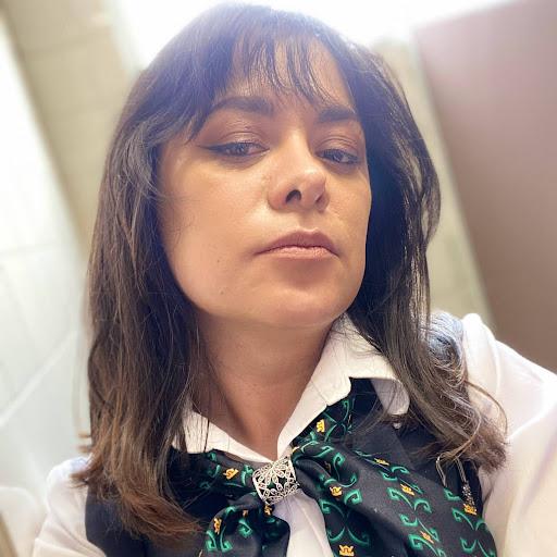 Nelly Olvera Photo 9
