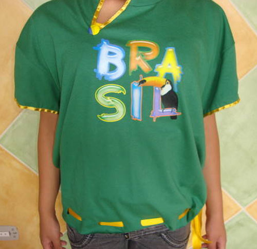 Inspiração Brasil - camiseta customizada Brasil e tucano