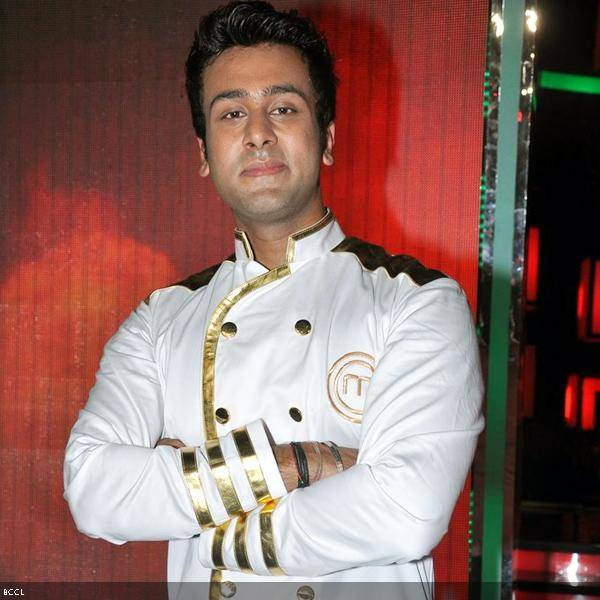 Ripu Daman Handa, the winner of the cookery show Master Chef Season 3 poses for the camera during the grand finale, held in Mumbai. (Pic: Viral Bhayani)<br />