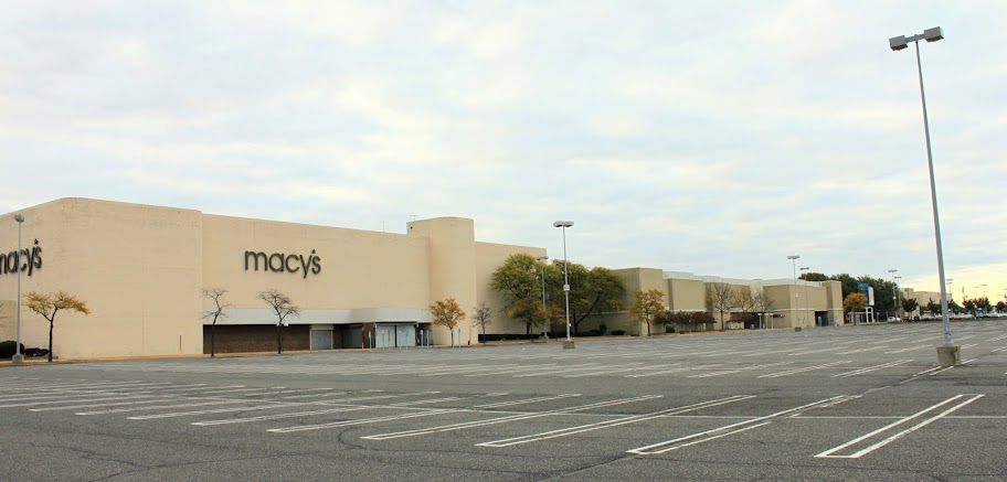 The Staten Island Mall