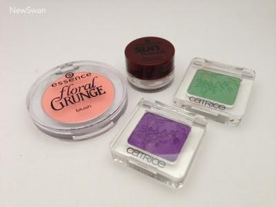 Haul: essence floral grunge Blush und sun kissed Creme-Lidschatten; catrice neo geisha Lidschatten