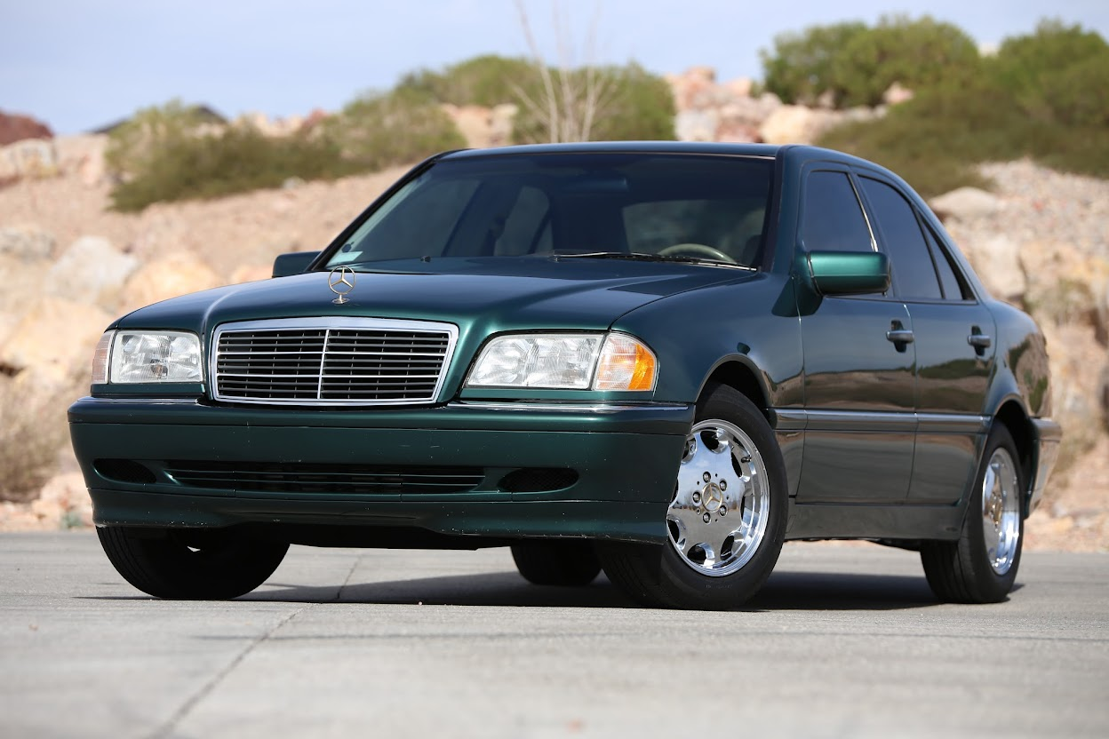 Purchase used BEAUTIFUL MECHANICAL GEM 1999 MERCEDES BENZ C230 KOMPRESSOR  LOW LOW MILES LOADED in