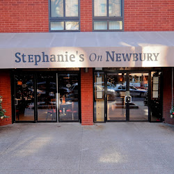 Stephanie's On Newbury's profile photo