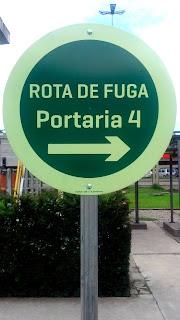 PLACA ROTA DE FUGA