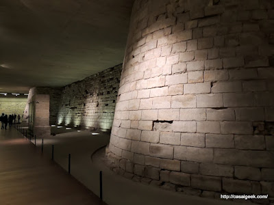 Louvre - Fundações do Palácio Original
