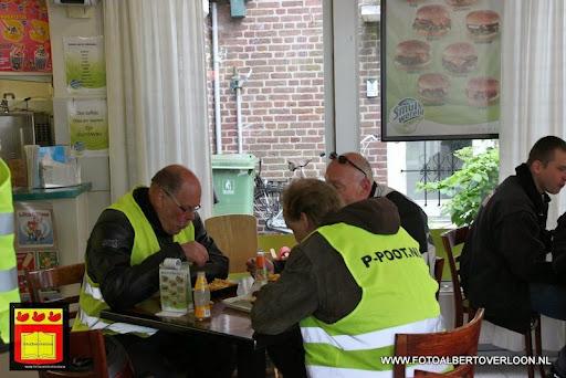 Zundapp rondrit Pauze bij Cafetaria Happy Corner overloon 18-05-2013 (19).JPG