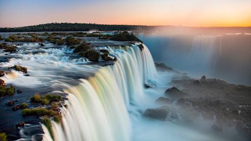 Iguazu Falls, Parana, Brazil.jpg