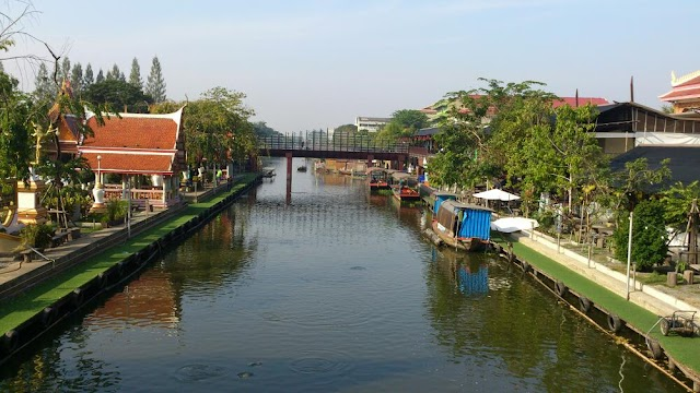 Kwan-Riam Floating Market