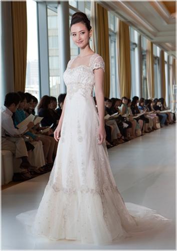 Japanese Wedding Dresses Beyond the Kimono: February 2011