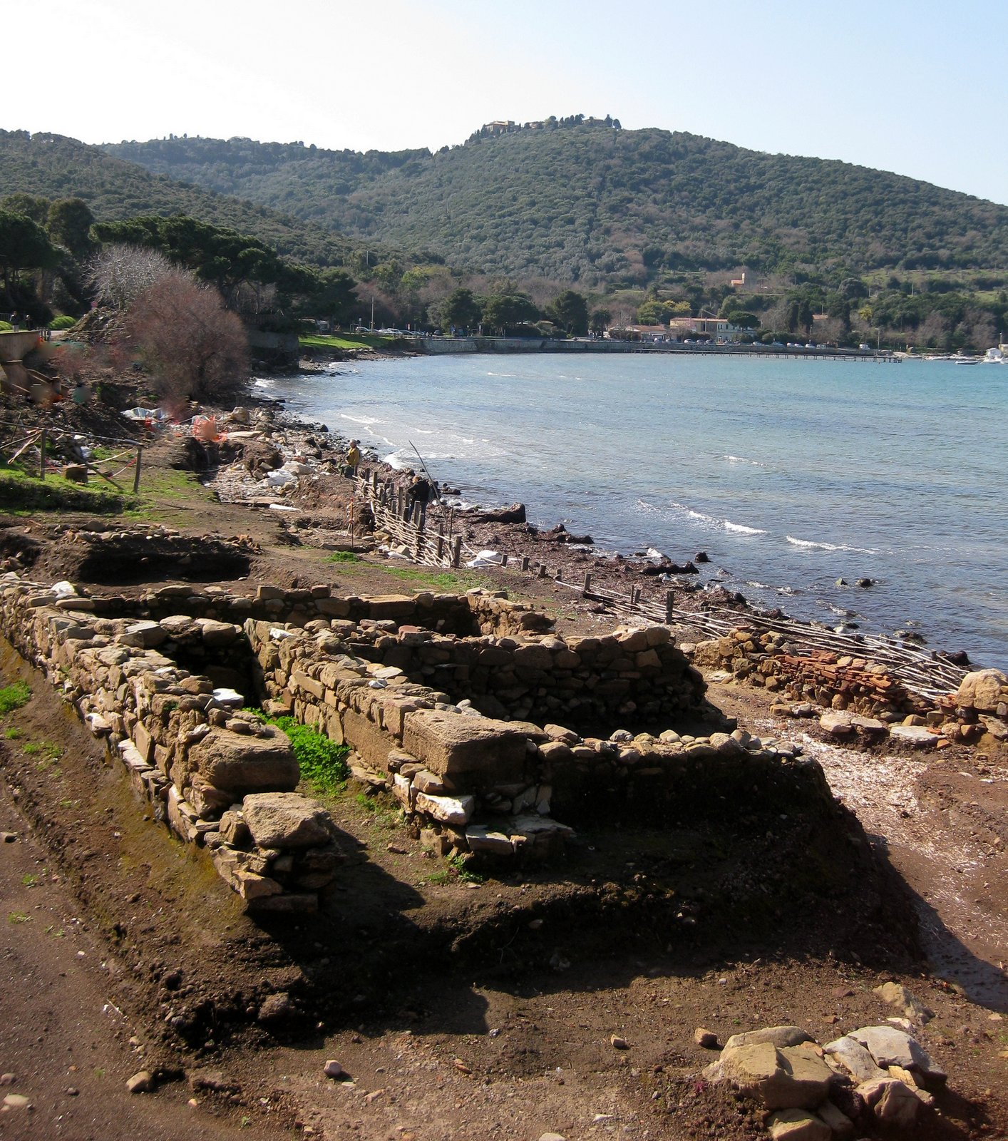 Oyster Vacation: Travel Oyster: Populonia, An Etruscan City By The Sea
