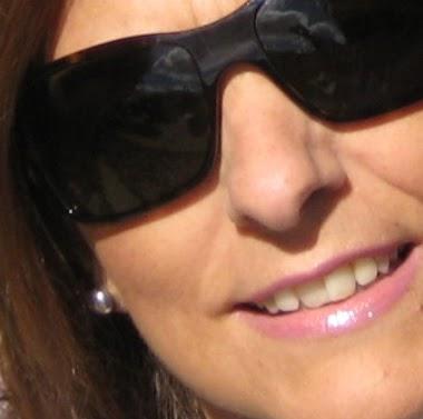 Flora Moreno Photo 17