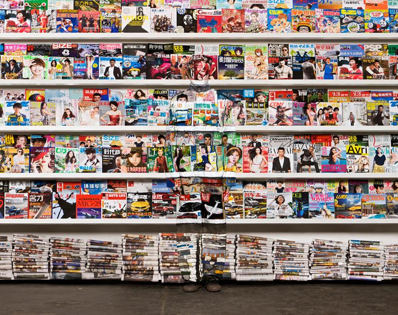 *貨真價實的隱形人:中國藝術家劉勃麟(Liu Bolin)隱形系列攝影作品! 1