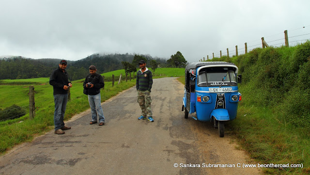 Tuk-Tuk, our ride in the central highlands of Sri Lanka