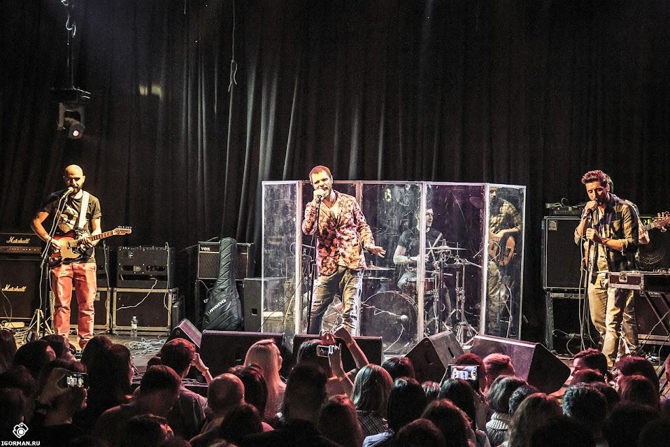 Фоторепортаж - концерт группы Градусы в московском клубе Б2
