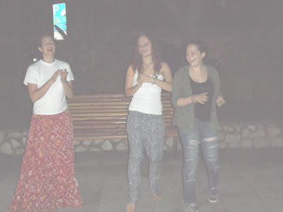 Ali Krishna dd dances with Croatian girls in Krk.