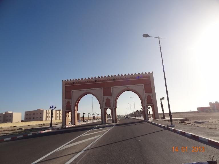 Marrocos e Mauritãnia a Queimar Pneu e Gasolina - Página 5 DSC05856