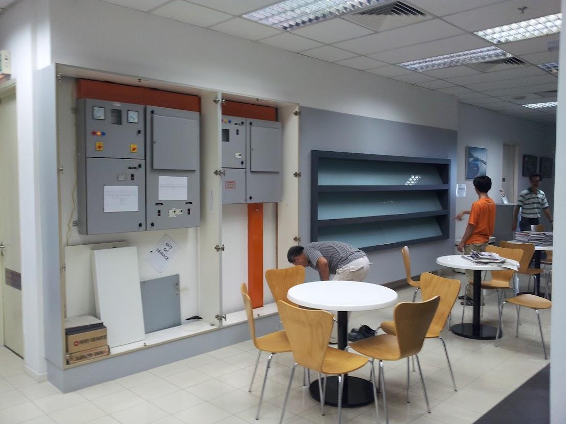 cabinet door dismentled