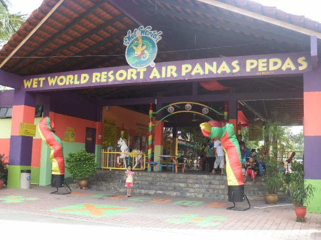Taman-Tema-Air-Panas-Pedas-Wet-World-Pedas