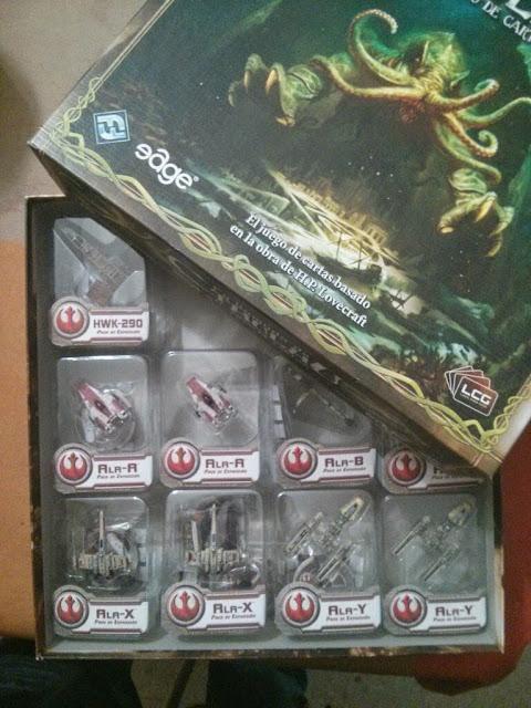 Naves X-Wing en caja