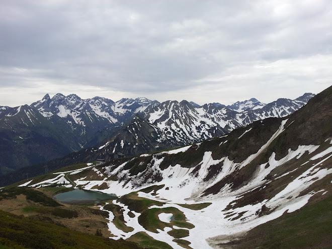 Bild vom Fellhorn runter zum Schlappoldsee
