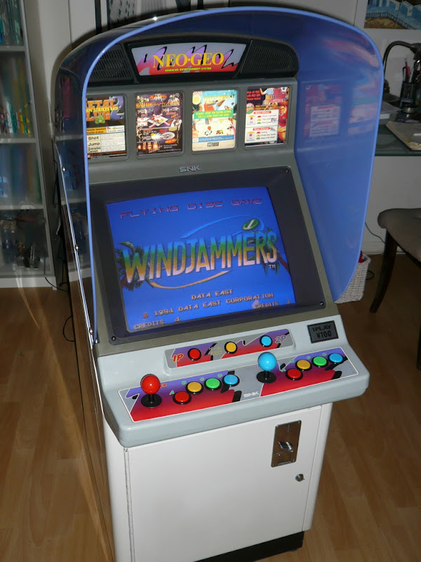 Si vous aviez un slot MV4 et 4 jeux... P1140538