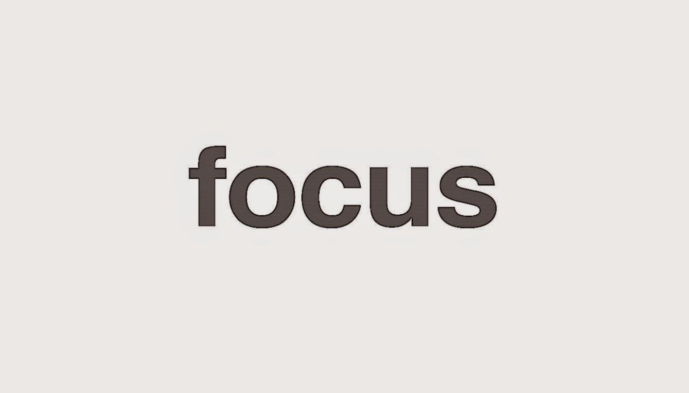 minimal desktop wallpaper focus