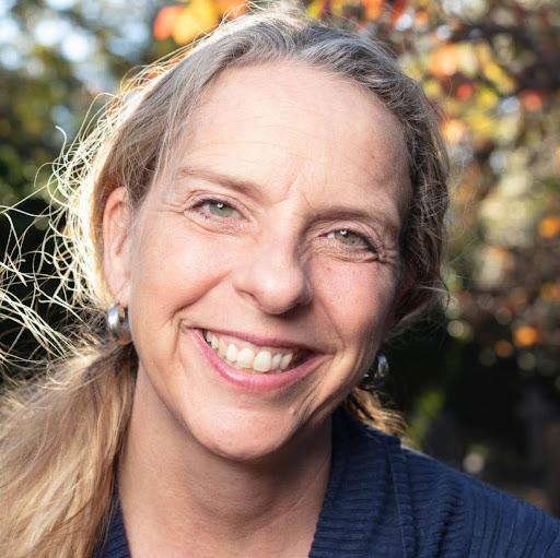 Jennifer Platt