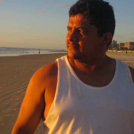 Salvador Calles Photo 5