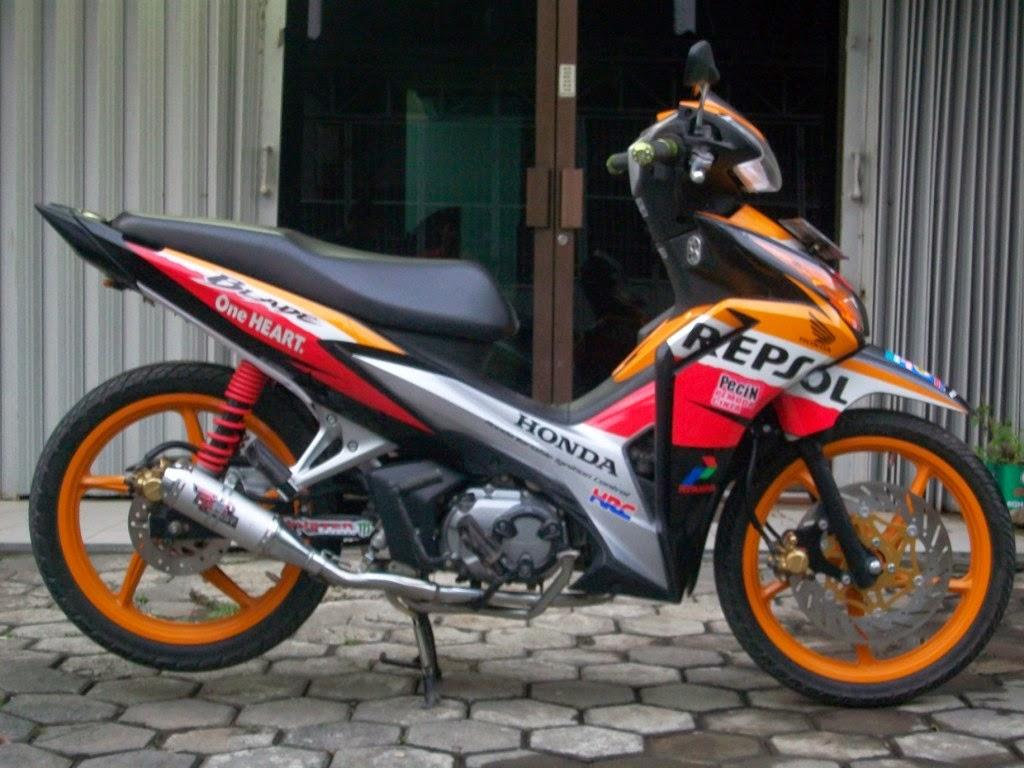Modifikasi Motor Honda Blade Road Race