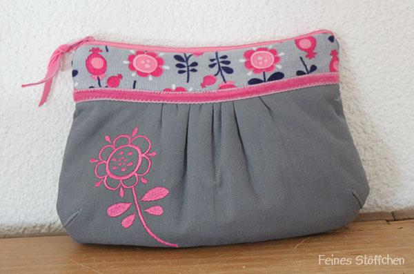 ein handt schchen f r drei ich packe meine tasche feines st ffchen n hen f r kinder. Black Bedroom Furniture Sets. Home Design Ideas