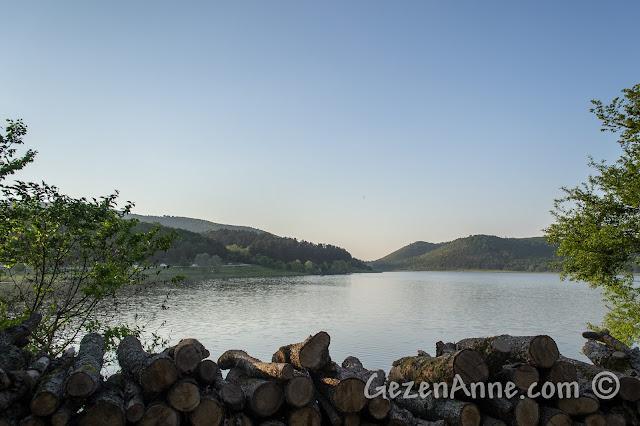 Sakarya Poyrazlar Gölü'nde günbatımı