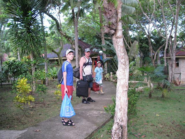 Из зимы в лето. Филиппины 2011 - Страница 3 IMG_0001%252520%2525289%252529