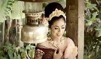 Lirik Lagu Bali Arumi - Nyakan Krikil
