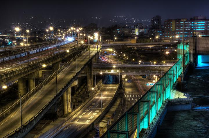 洛陽停車場-危險夜景