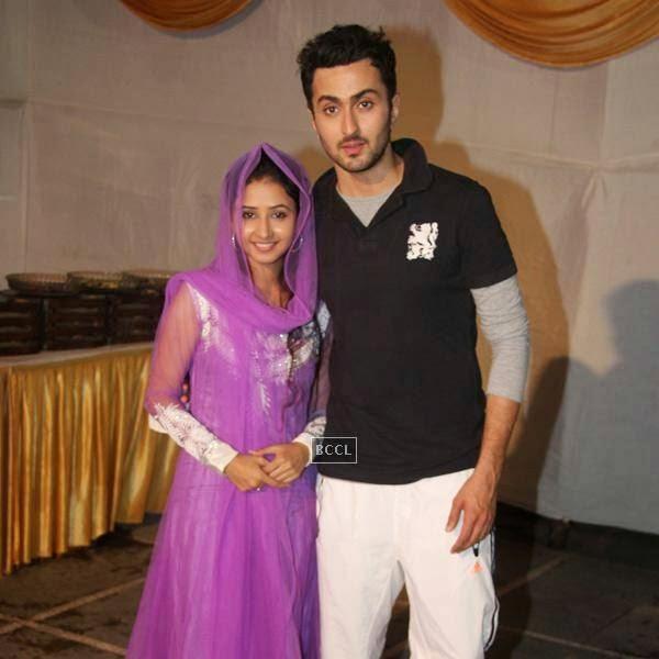 Sana Sheikh and Vibhav Roy at Sharib-Toshi's Iftaar party and Sufi Mehfil. (Pic: Viral Bhayani)