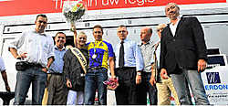 Stijn Devolder mocht als eerste West-Vlaming de kampioenentrui aantrekken. (c)FRANK MEURISSE