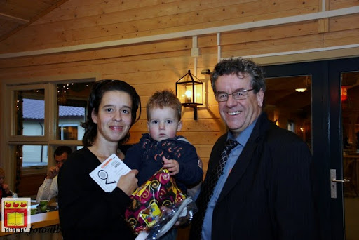 Prijsuitreiking ballonnenwedstrijd  kermis Vierlingsbeek en Overloon 01-12-2012 (15).JPG