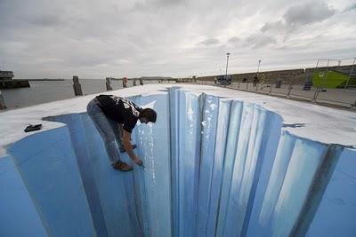 Amazing 3D Graffiti Street Paintong Design