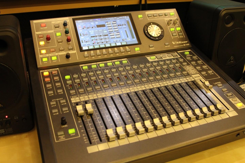 Roland M-300