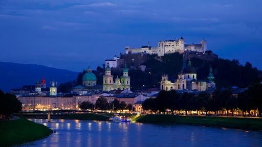 Hohensalzburg Fortress, Salzburg, Austria.jpg