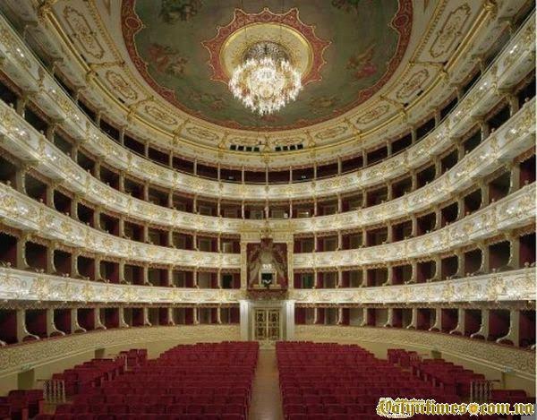 Teatro Regio в Турині, Італія