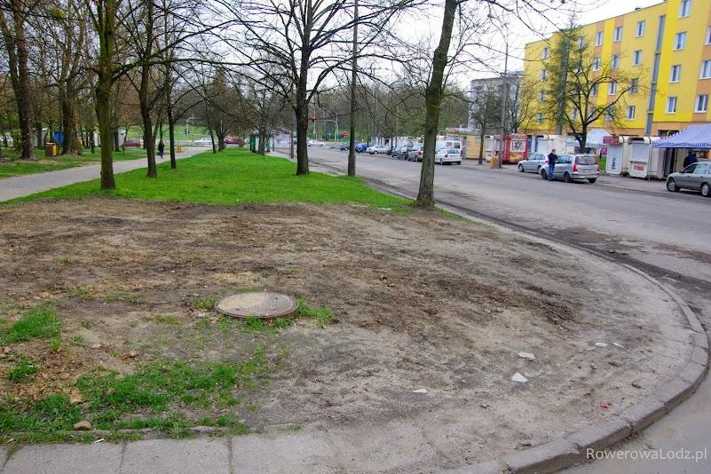 Na tym odcinku ul. Spornej rowerówka przebiegać ma po obu stronach ulicy