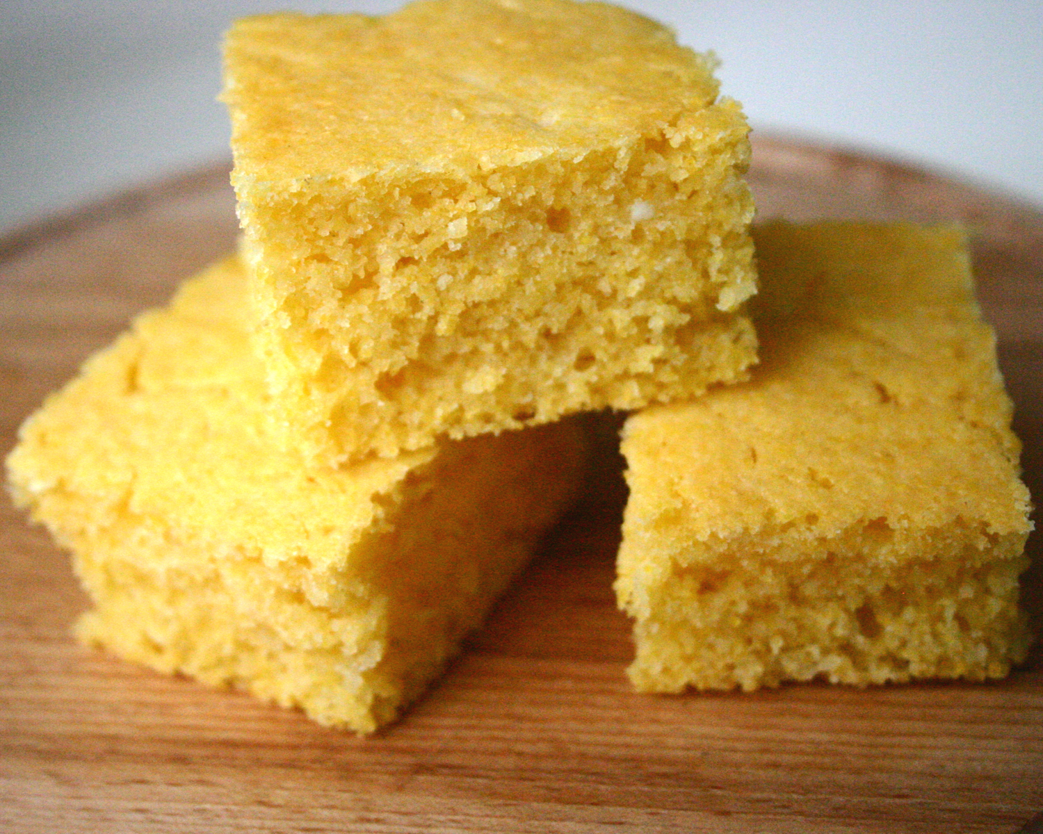 Nuts about food: Sweet polenta bread. Are you a purist or not?