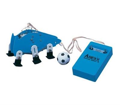 Voetbalrobot te koop