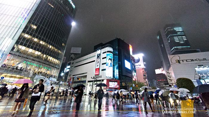 Crowds at Tokyo's Shibuya Crossing