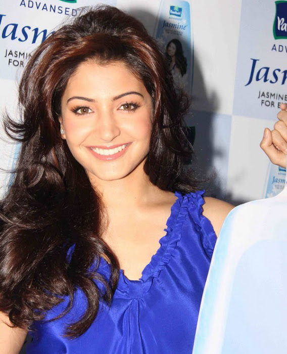 anushka sharma launches parachute jasmine hair oil